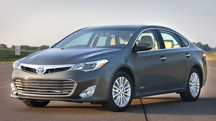 Full-Size Sedan - Toyota Avalon Hybrid