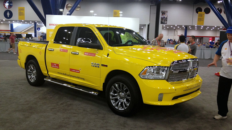 ram exec first 30 mpg pickup truck will 39 win 39 autoblog. Black Bedroom Furniture Sets. Home Design Ideas