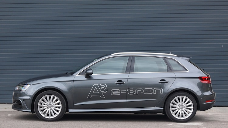 2015 audi a3 e tron first drive w video autoblog. Black Bedroom Furniture Sets. Home Design Ideas