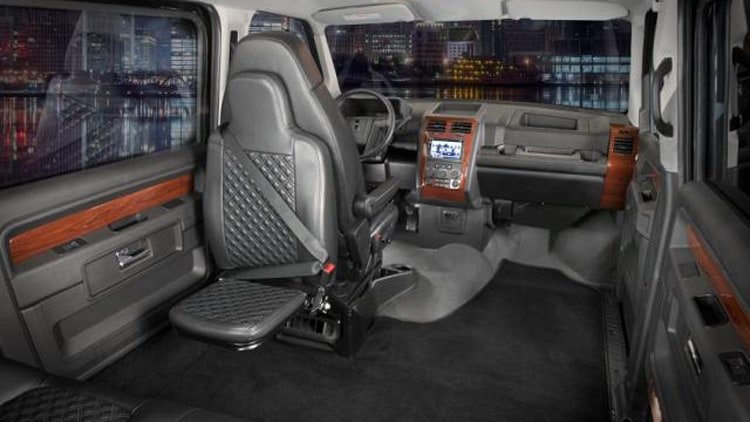 Mobility Ventures Mv 1 >> Mobility Ventures adds luxury model to its lineup of wheelchair-accessible vans - Autoblog