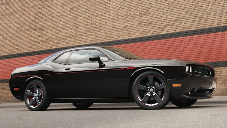 Midsize Sporty Car - 2014 Dodge Challenger