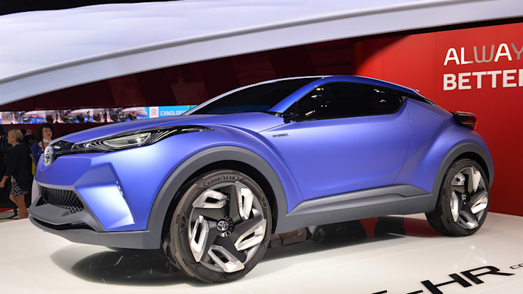 Toyota Phillips Highway >> Toyota C-HR Concept is a high-riding hybrid hatch [w ...