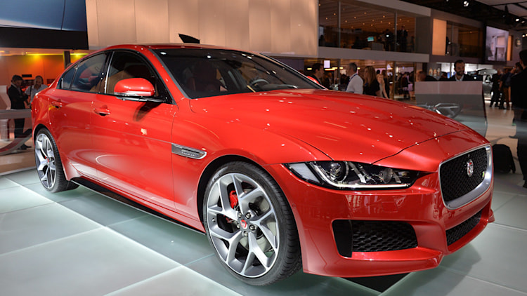 jaguar xe to be built in china autoblog. Black Bedroom Furniture Sets. Home Design Ideas