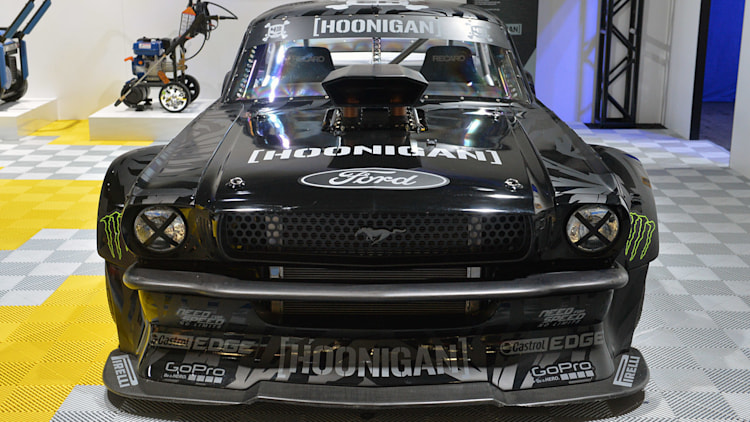 Ken block 39 s 1965 ford mustang hoonicorn rtr sema 2014 photo gallery autoblog - Hoonicorn specs ...