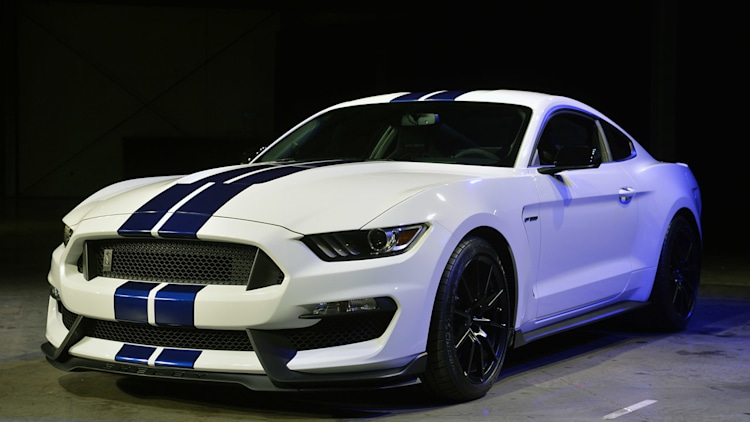 2019 Mustang Cobra Ford shelby gt350 mustang to cost $52,995 ...