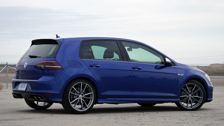2015 volkswagen golf r w video autoblog. Black Bedroom Furniture Sets. Home Design Ideas