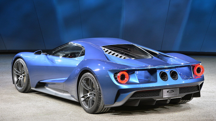 ford gt gets sexy shape and ecoboost power wvideos - Ford Gt40 2015 Interior