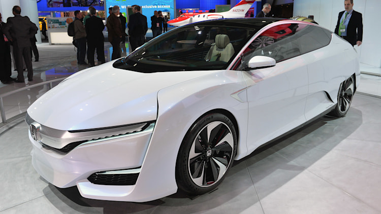 Honda CEO: electric vehicles are a 'core technology' - Autoblog