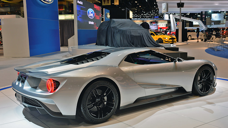 new ford gt to carry 400k price tag autoblog. Black Bedroom Furniture Sets. Home Design Ideas