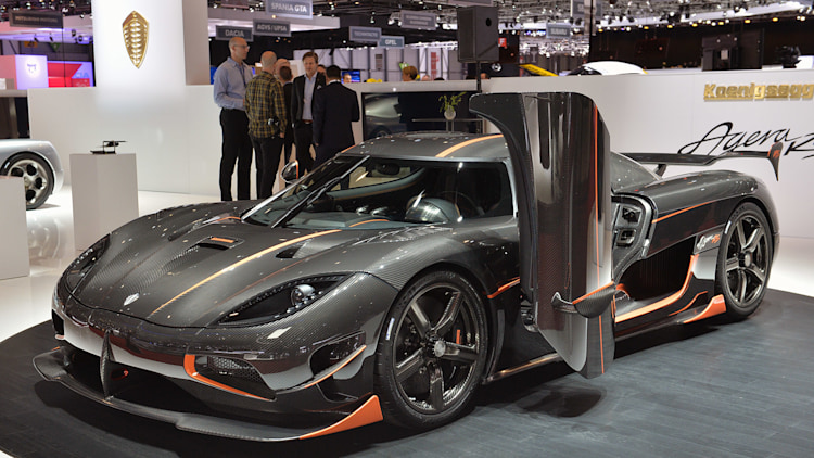 The amazing geeky details of the Koenigsegg Agera RS engine  Autoblog