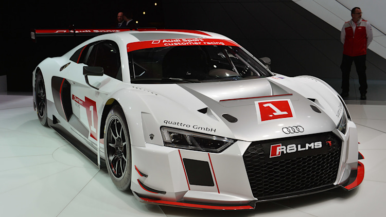 Audi races ahead with new R8 LMS [w/video] - Autoblog
