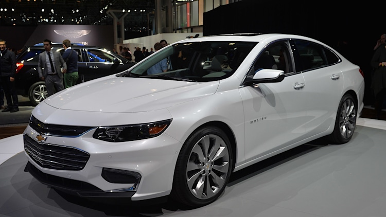 chevrolet malibu gets aggressive redesign for 2016 autoblog. Black Bedroom Furniture Sets. Home Design Ideas