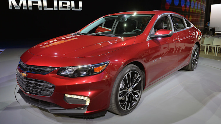 2016 chevrolet malibu hybrid 48 mpg for 28 645 autoblog. Black Bedroom Furniture Sets. Home Design Ideas