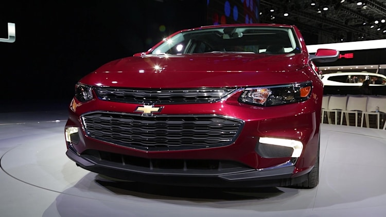 2016 chevy malibu hybrid now with 48 mpg city autoblog. Black Bedroom Furniture Sets. Home Design Ideas