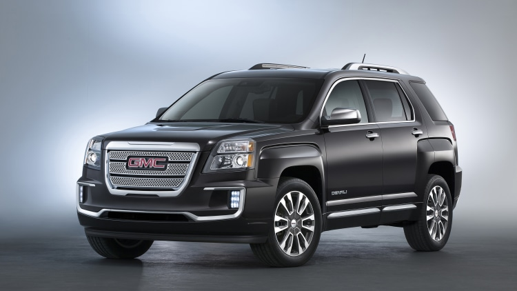 2016 GMC Terrain Denali in dark grey