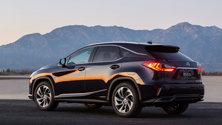 2016 Lexus RX450h in dark blue at dusk