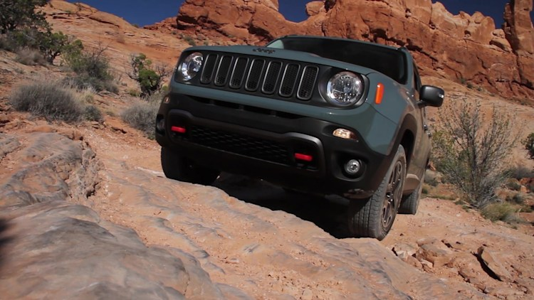 2015 Jeep Renegade Trailhawk Off Road in Moab, UT | Autoblog Short Cuts