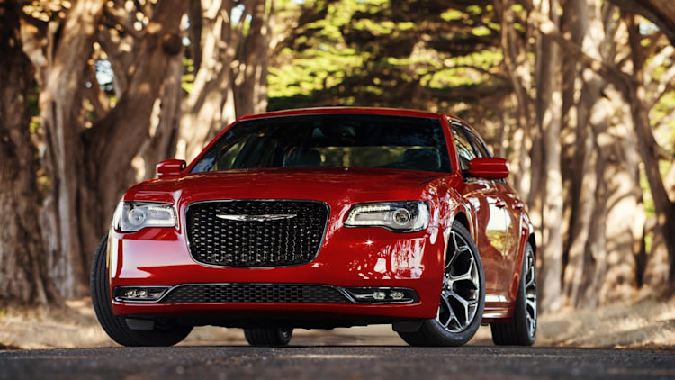 2015 Chrysler 300S AWD in red