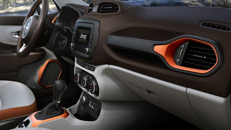 jeep renegade 2015 cabin interior