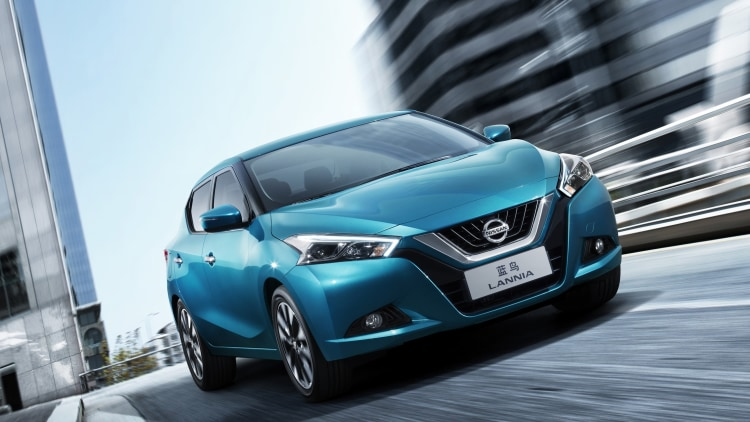 Nissan Lannia in blue in China
