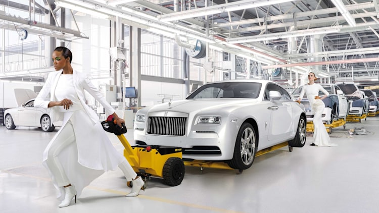 Rolls-Royce Wraith Inspired by Fashion edition assembly line front 3/4