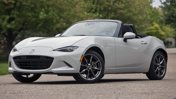 2016 mazda mx 5 miata 2 0l first drive w video autoblog. Black Bedroom Furniture Sets. Home Design Ideas