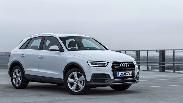 refreshed 2016 audi q3 starts at 34 625 autoblog. Black Bedroom Furniture Sets. Home Design Ideas