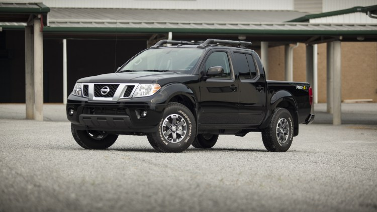 2014 Nissan Frontier in black