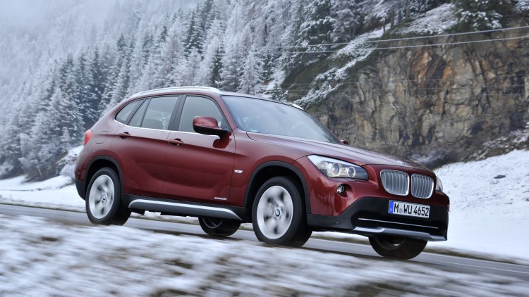 2014 BMW X1 in the snow