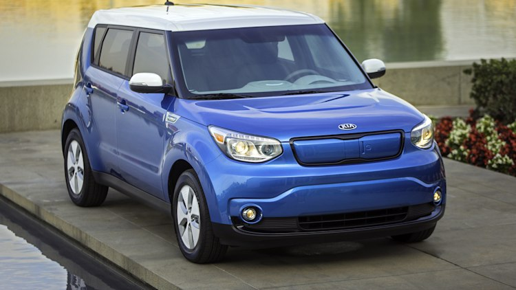 2016 kia soul ev gets 2k cheaper base model autoblog. Black Bedroom Furniture Sets. Home Design Ideas