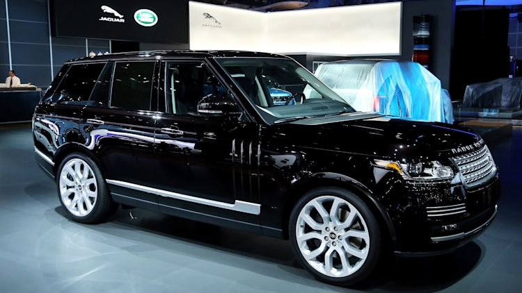 Land Rover Range Rover in black