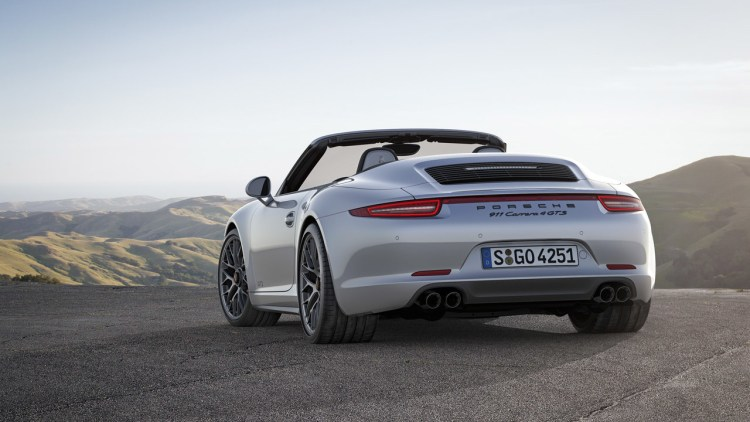 2015 porsche 911 carrera gts rear
