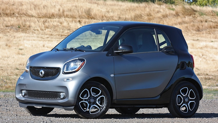 2016 Smart Fortwo front 3/4 view