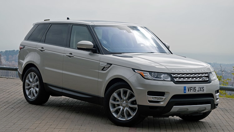 2016 Land Rover Range Rover Sport Td6 front 3/4 view
