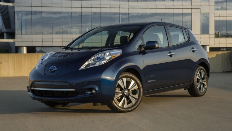 2016 nissan leaf photo gallery autoblog. Black Bedroom Furniture Sets. Home Design Ideas