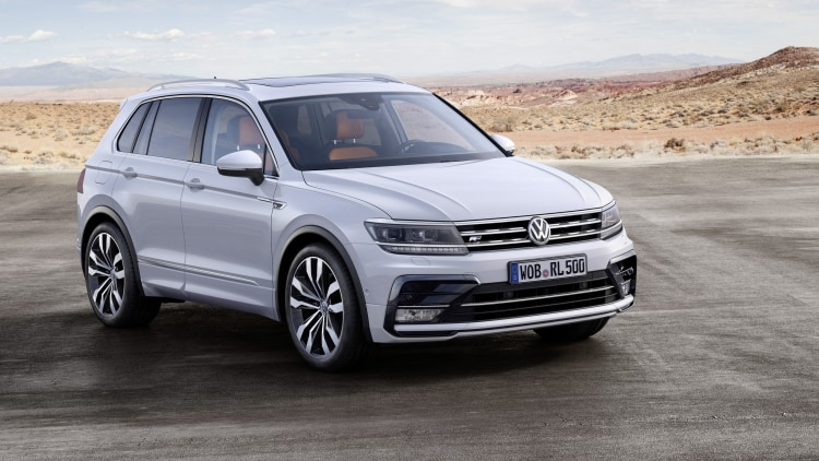 silver vw tiguan r-line front three quarters