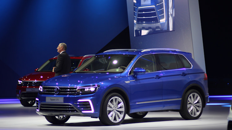 The Volkswagen Tiguan GTE concept unveiled at Volkswagen's Group Night ahead of the 2015 Frankfurt Motor Show, front three-quarter view.