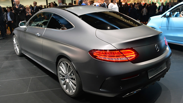 2016 mercedes c class coupe offers s class style on a budget autoblog. Black Bedroom Furniture Sets. Home Design Ideas