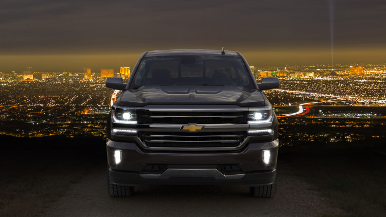 2016 chevy silverado unveiled in full at texas state fair autoblog. Black Bedroom Furniture Sets. Home Design Ideas