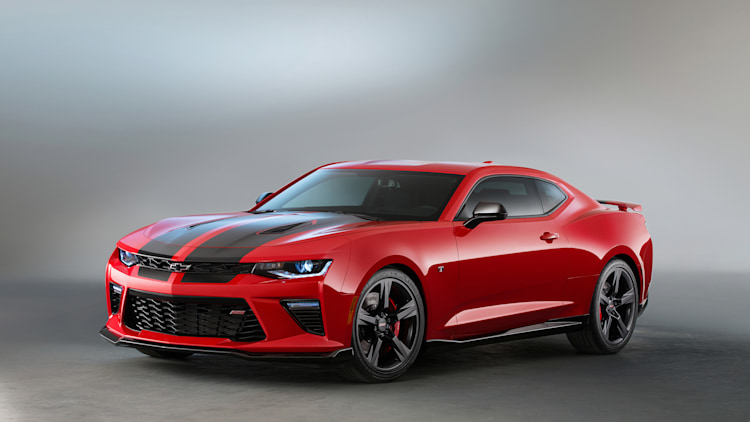 Chevy gives Camaro Red, Black Accents for SEMA - Autoblog