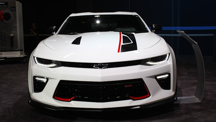 chevy loads up camaro concept with performance parts autoblog. Black Bedroom Furniture Sets. Home Design Ideas