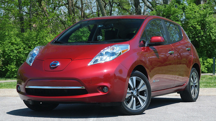 2015 Nissan Leaf electric car in red