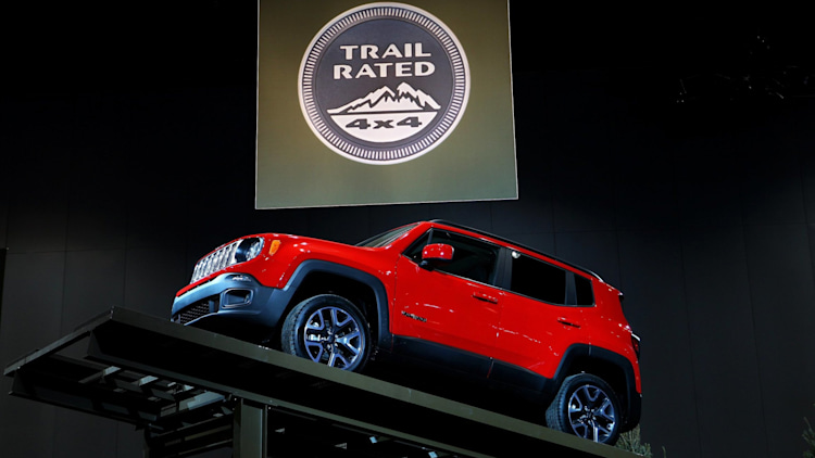 Jeep Renegade Trailhawk in red