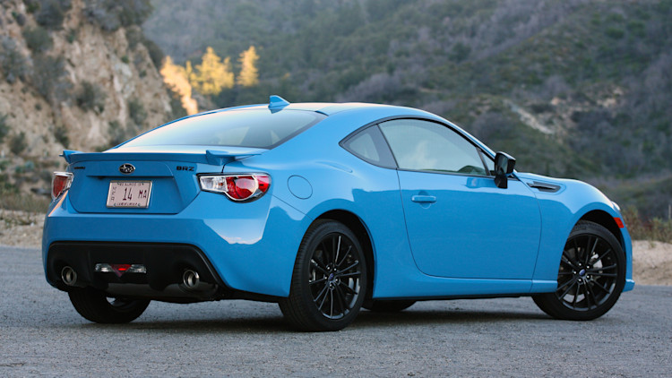 2016 subaru brz series hyperblue quick spin autoblog. Black Bedroom Furniture Sets. Home Design Ideas