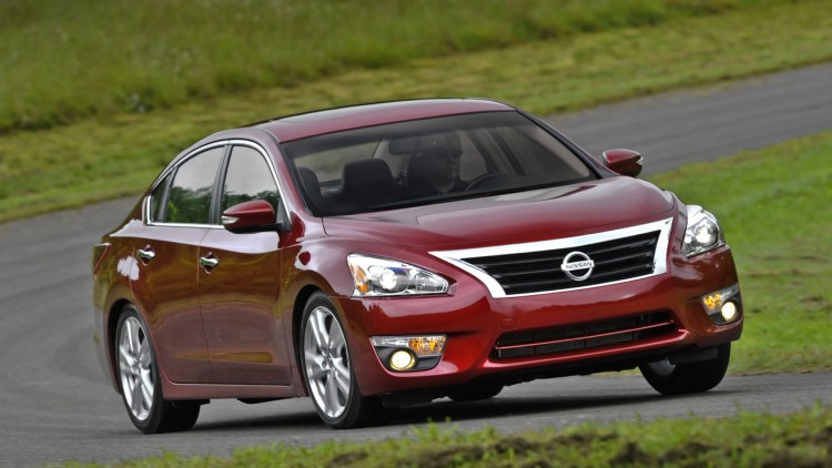 2015 Nissan Altima sedan in red