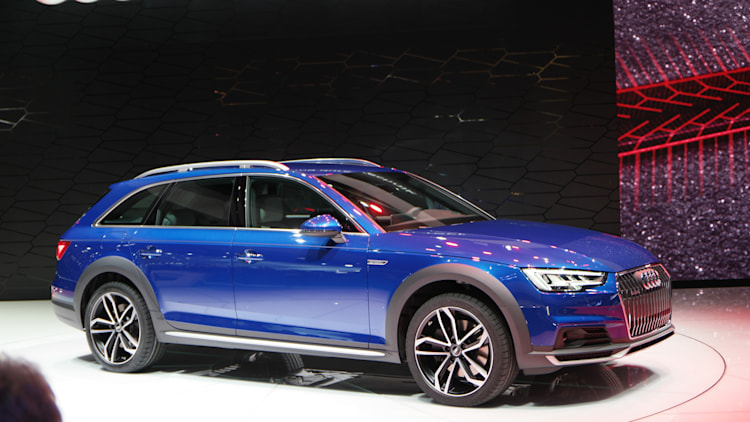 Audi Tech Counts Down Red Lights Today Reduces Traffic Tomorrow Autoblog