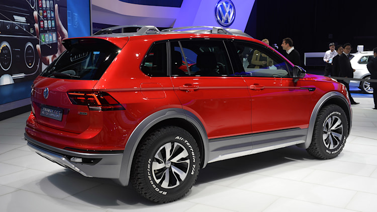 vw tiguan gte active concept looks ready for safari in detroit autoblog. Black Bedroom Furniture Sets. Home Design Ideas