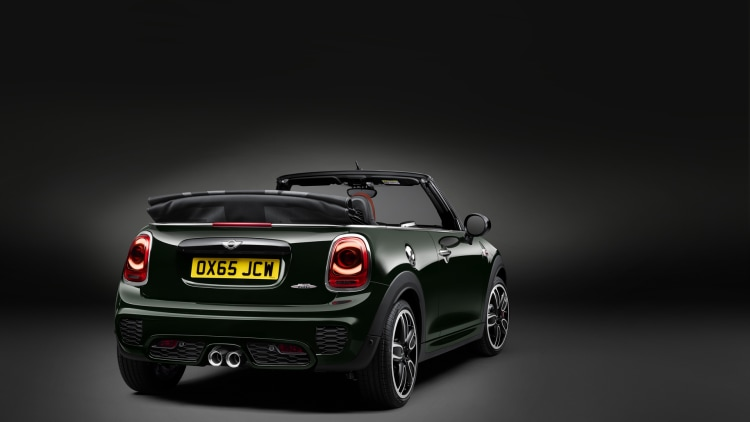 2017 mini john cooper works convertible photo gallery autoblog. Black Bedroom Furniture Sets. Home Design Ideas