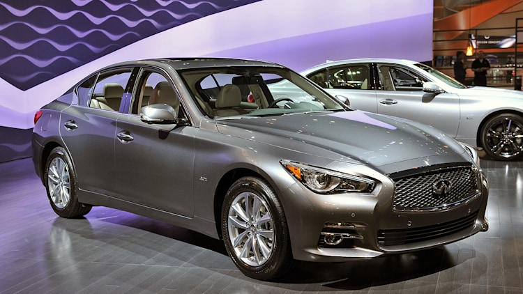 2016 infiniti q50 2 0t chicago 2016 photo gallery autoblog. Black Bedroom Furniture Sets. Home Design Ideas