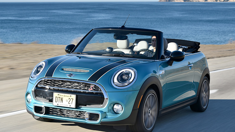 2016 mini cooper s convertible first drive autoblog. Black Bedroom Furniture Sets. Home Design Ideas
